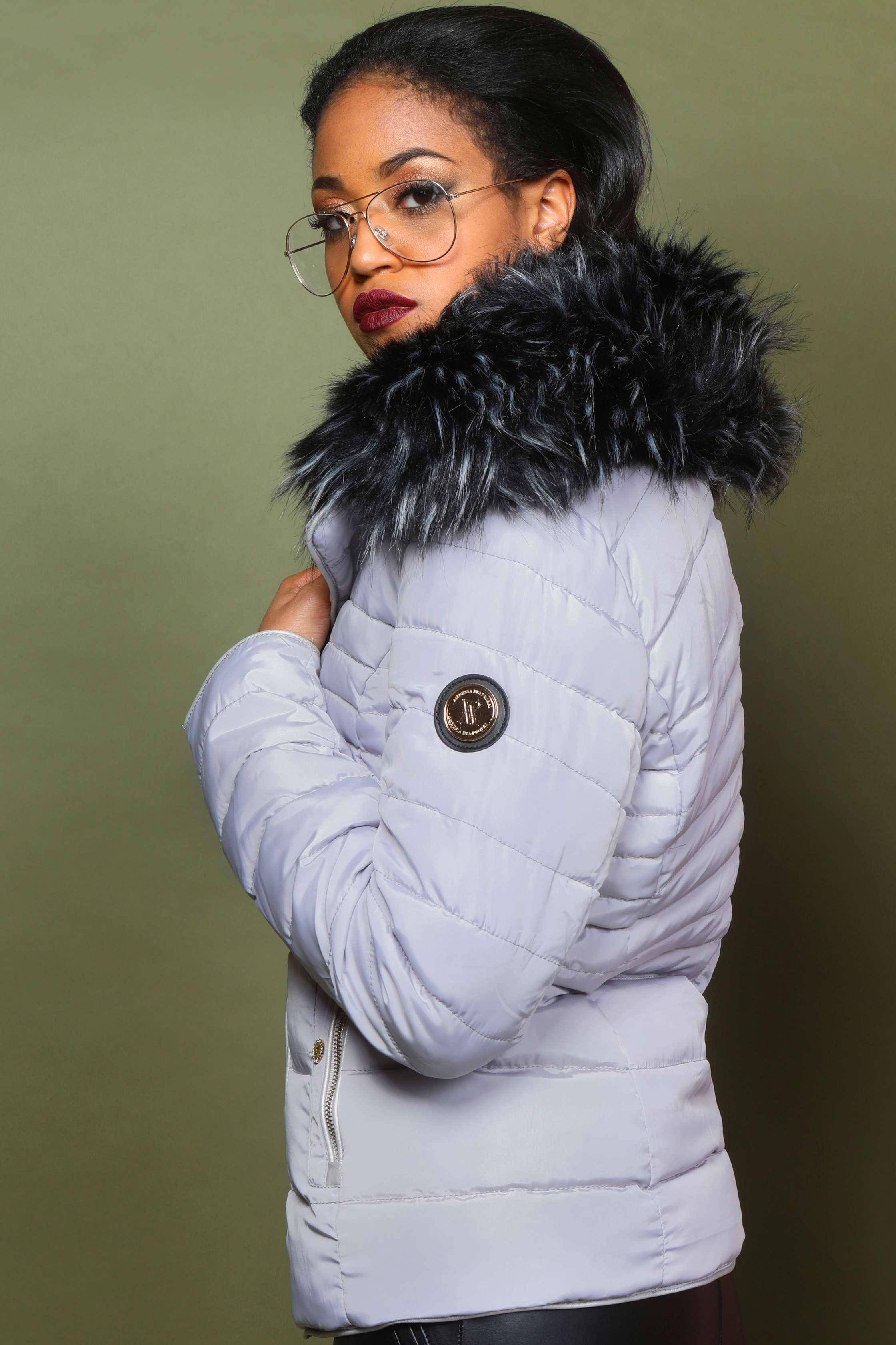 AMNESIA Szőrmés kabát  AMNESIA Szőrmés kabát a6f672fca7