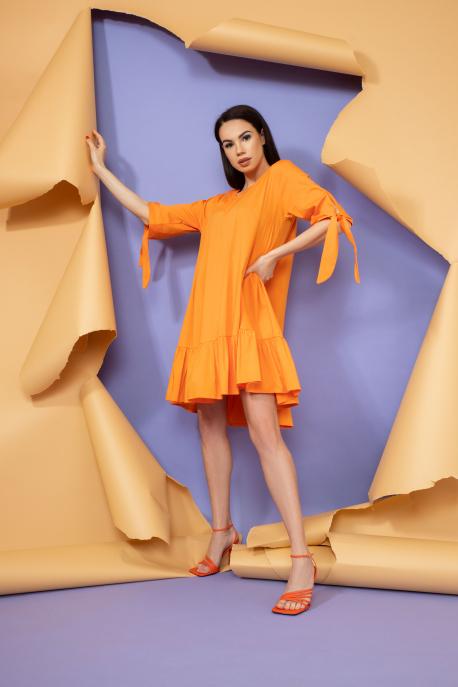 AMNESIA Tessa ruha narancs
