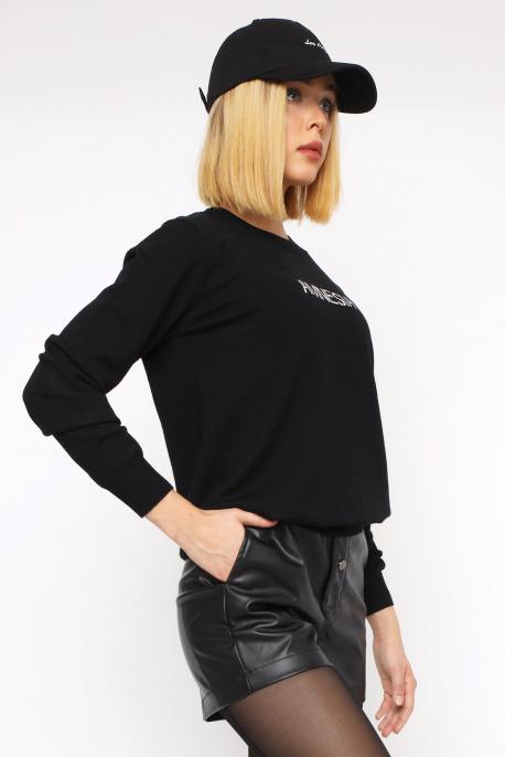 AMNESIA Vékony kerek nyakú pulóver fekete