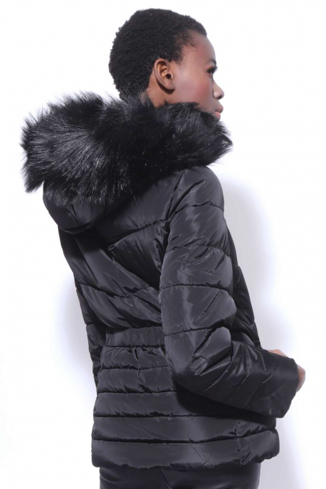 AMNESIA Szőrös kapucnis rövid gumisderekú kabát