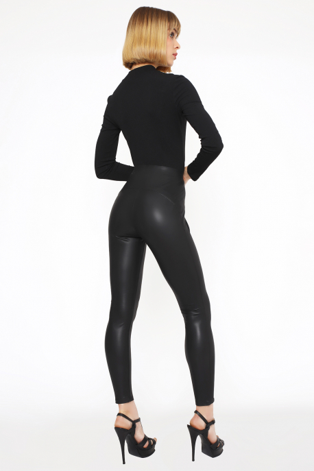 AMNESIA Dinamó garbó fekete