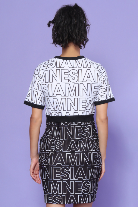 AMNESIA Jumbo ruha fehér/fekete betű